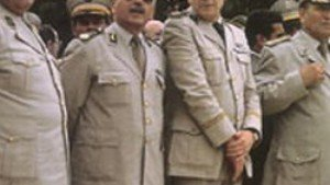 Vidéo d'AQMI: Aqmi  est le long  bras magique des généraux. 5af-generaux-algerie-mafia-300x169